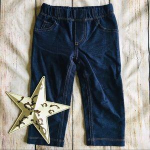 Carter's Jegging Jeans size 18 months 💕